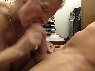 XXX OMAS - Dirty Germany granny takes dick at the assignation