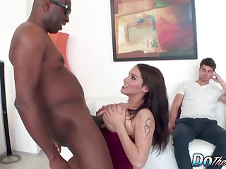Cuckold Watches Busty Housewife Michel Lee Slide Will not hear of Gradual Pussy beyond everything a BBC
