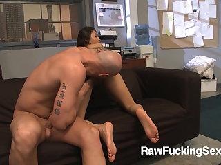 Raw Fucking Making love - Cali Lee Fucks Her Big Boss Blarney